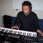 Juan records keys with Grupo David